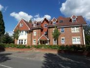 2 bedroom new Apartment in Rosehill, Reigate