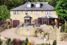 7 bed Detached property for sale in Whitley Road, Thornhill