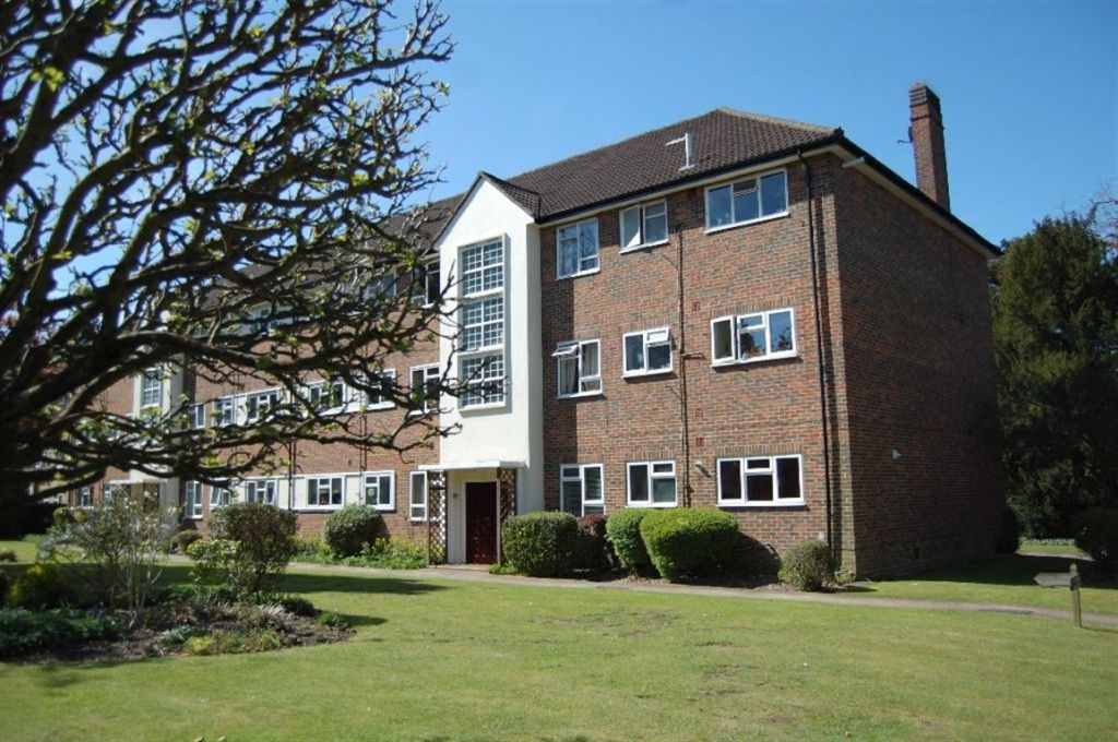 3 bedroom apartment to rent in hempstead road watford herts wd17 wd17