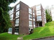 2 bedroom Flat in WHYTELEAFE