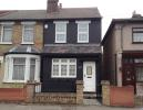 2 bedroom End of Terrace house in George Street, Romford