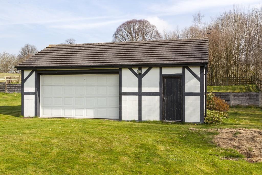 5 Bedroom Farm House For Sale In Dingle Lane Sandbach Cw11