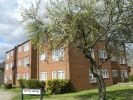 Apartment to rent in Weald Lane, Harrow Weald...