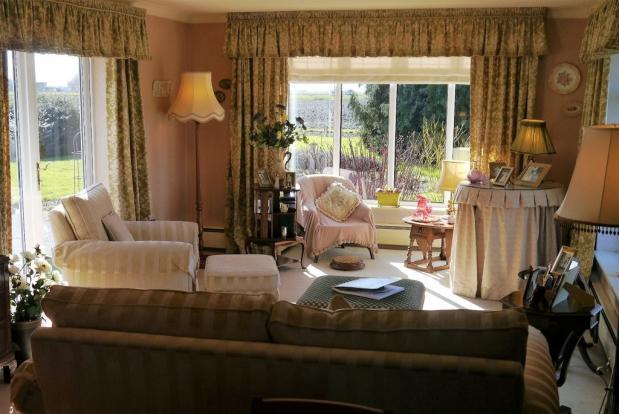 HL - Living Room