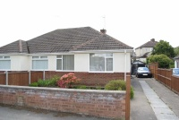 Semi-Detached Bungalow to rent in Ellesmere Avenue, Newton