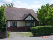 Bungalow to rent in Hook Road,  Surbiton