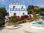 4 bedroom Detached Villa for sale in Algarve...