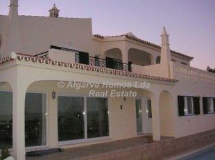 5 bedroom Detached Villa in Algarve...