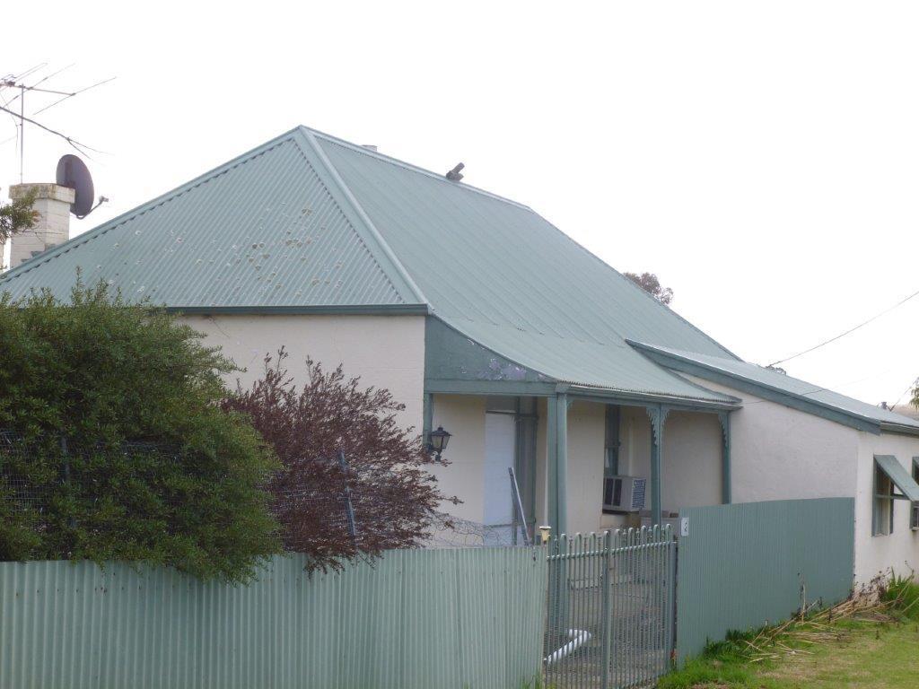 3 bedroom home in South Australia...