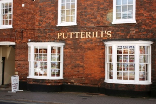 Putterills, Roystonbranch details