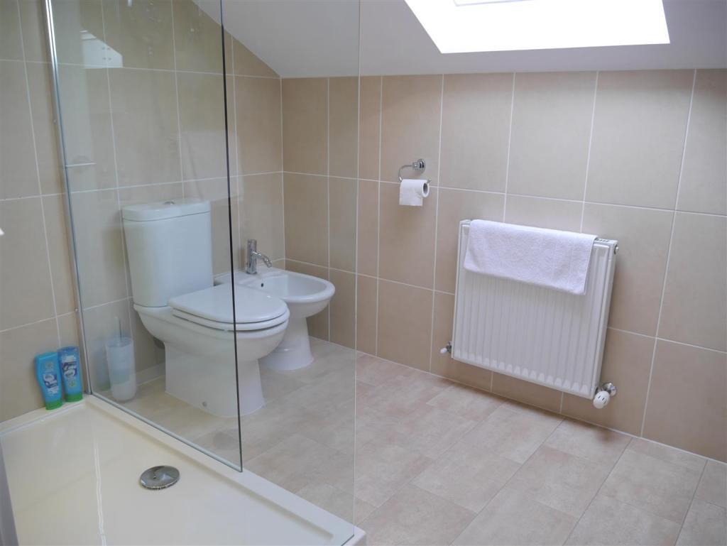 1st Floor Showeroom