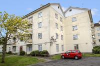 2 bed Apartment in Effingham House...