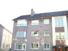 2 bed Flat to rent in Overton Crescent...