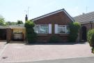 2 bedroom Detached Bungalow in Croft Road, Atherstone...
