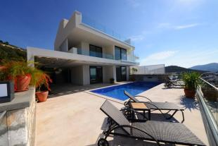 3 bedroom semi detached house for sale in Mediterranean Coast...