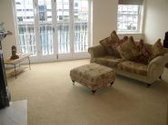 Merchants Quay Apartment to rent