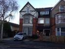 Flat to rent in 29 Carlton Road South...