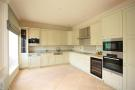 Apartment to rent in Breakspear Road North...