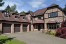 Detached house to rent in Beaconsfield...