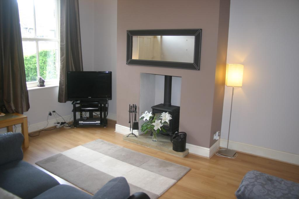 2 bedroom terraced house for sale in walker road menston for Terraced house decorating ideas uk