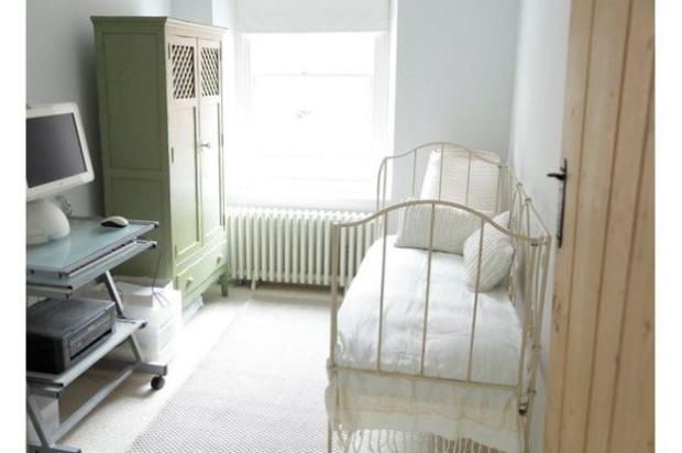 10. Bedroom 3