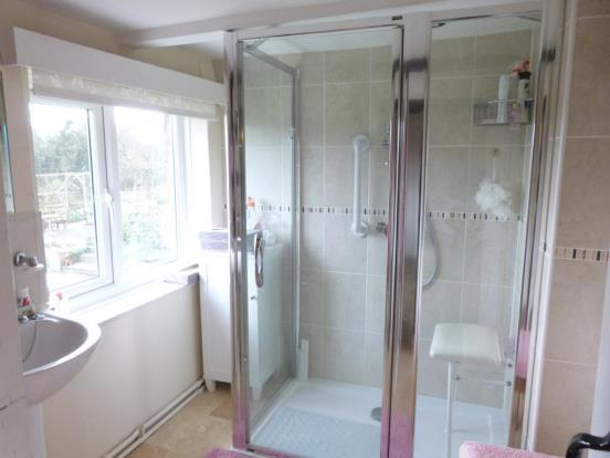 En- Suite Shower