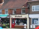 2 bedroom Flat in Nutfield Road, Merstham...