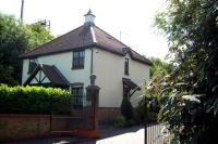 2 bedroom semi detached property to rent in 1 Cosne Mews, Harpenden...