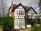 2 bed Duplex in Douglas Road, Harpenden...