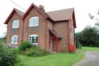 semi detached house to rent in Pepsal End, Pepperstock...
