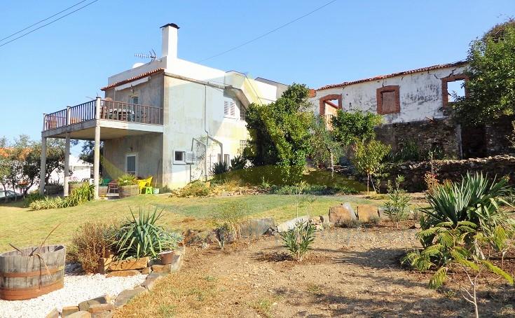 Detached home in Góis, Beira Litoral