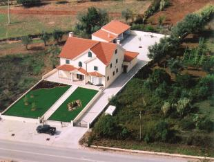 5 bed Detached house for sale in Miranda do Corvo...