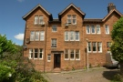 1 bed Flat in G/R Glenburn Place...