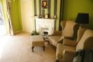 3 bed property in Reigate, RH 2