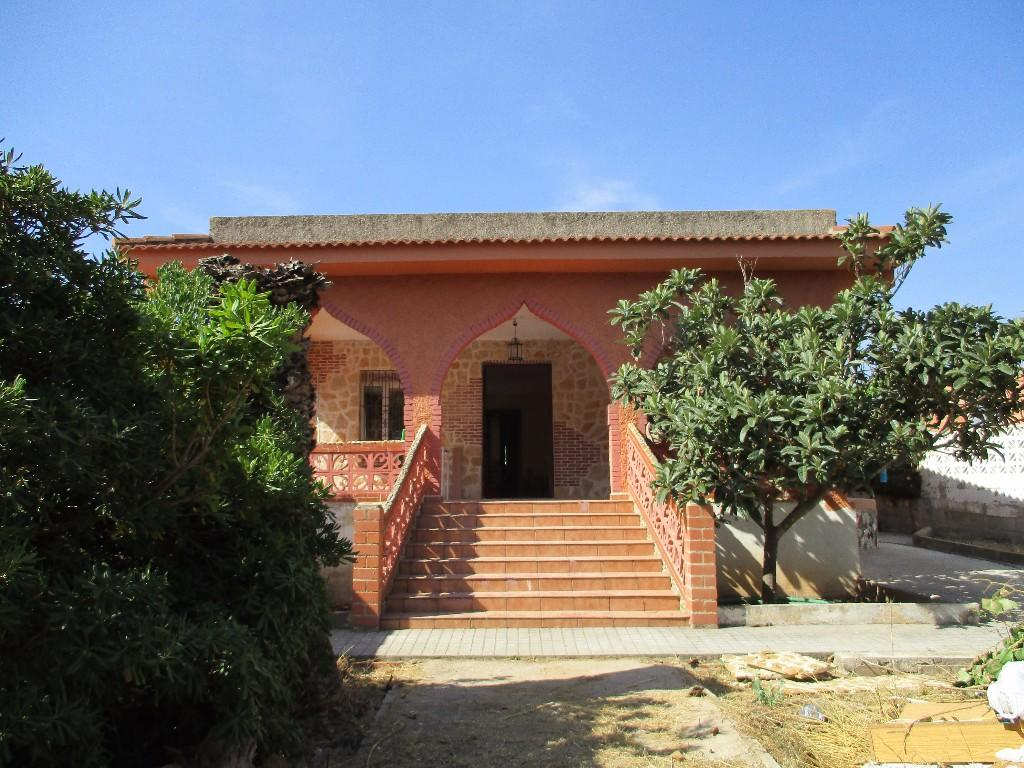 4 bed Detached Villa in Montroy, Valencia...