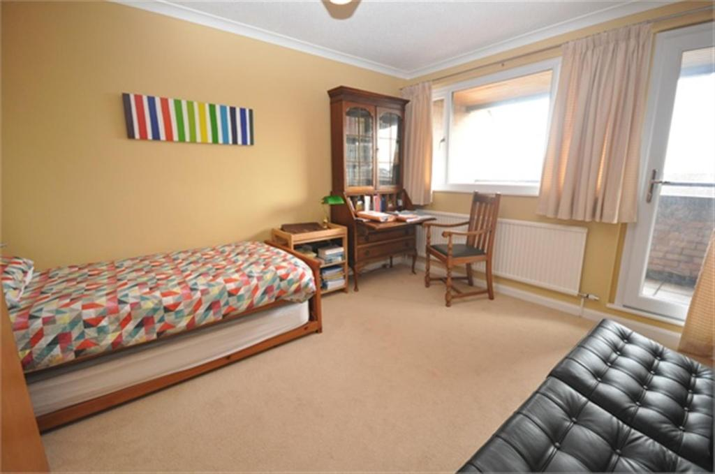 2 Bedroom Apartment For Sale In Middleway Court Wilton Taunton Ta1
