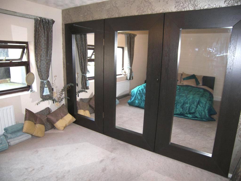 Master Bedroom Shot2