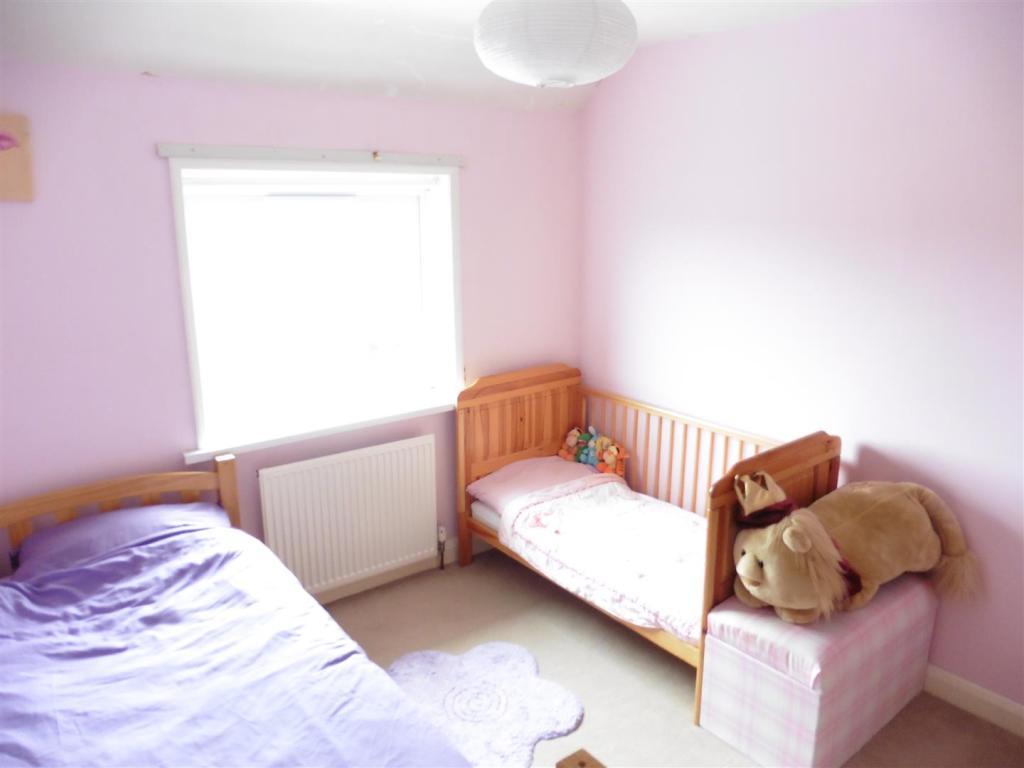 BED 2 NEW.JPG