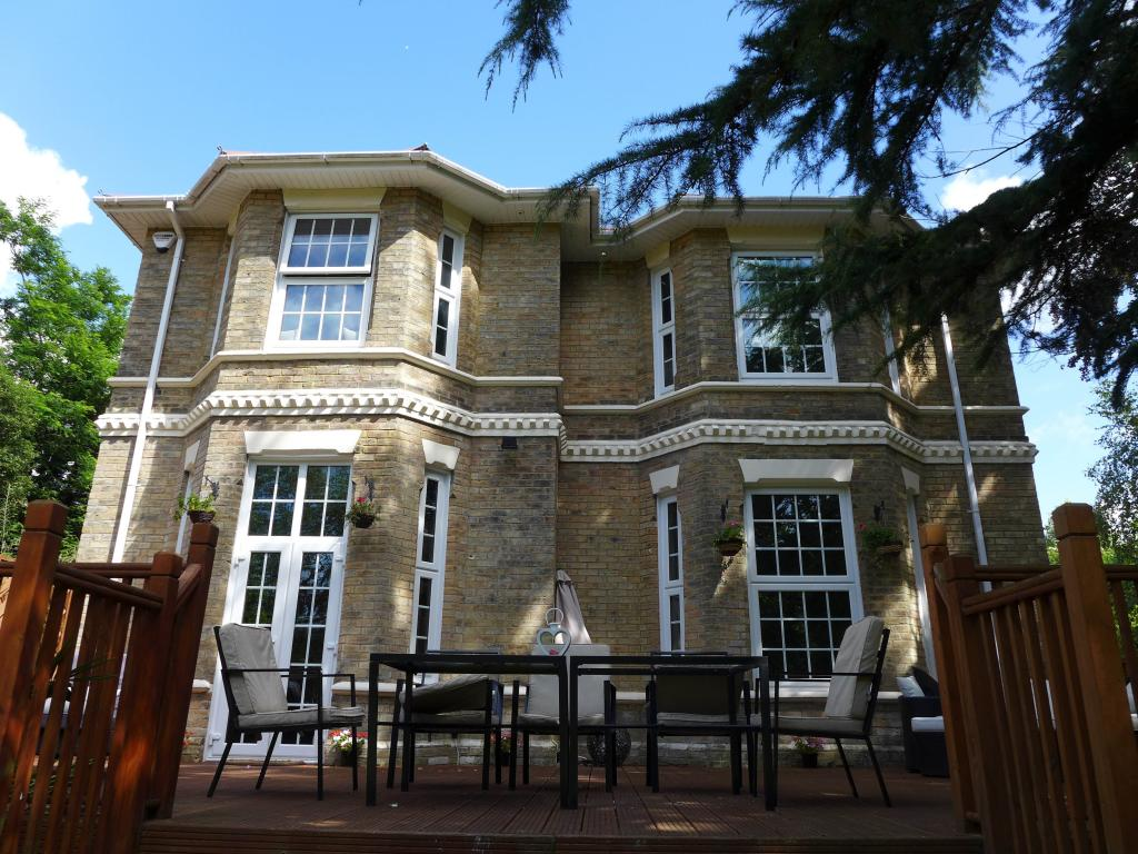 6 Bedroom House To Rent In Dean Park Road Bournemouth BH1
