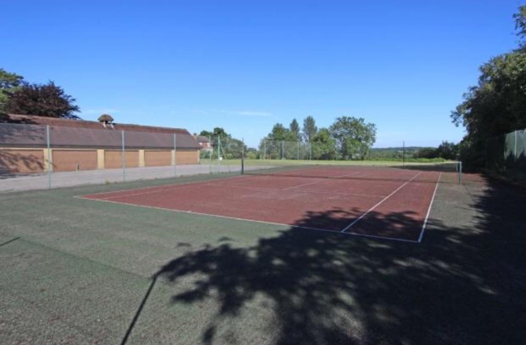 Communal Tennis Cour