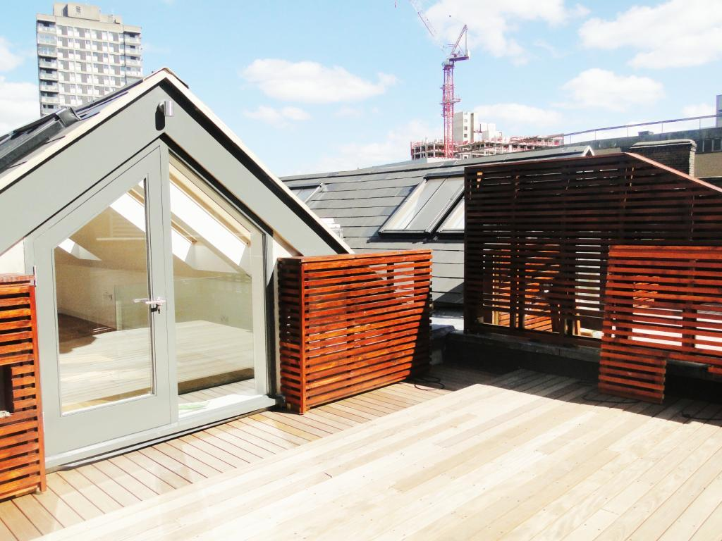 3 Bedroom Apartment To Rent In The Loft House Middlesex Street London E1 E1