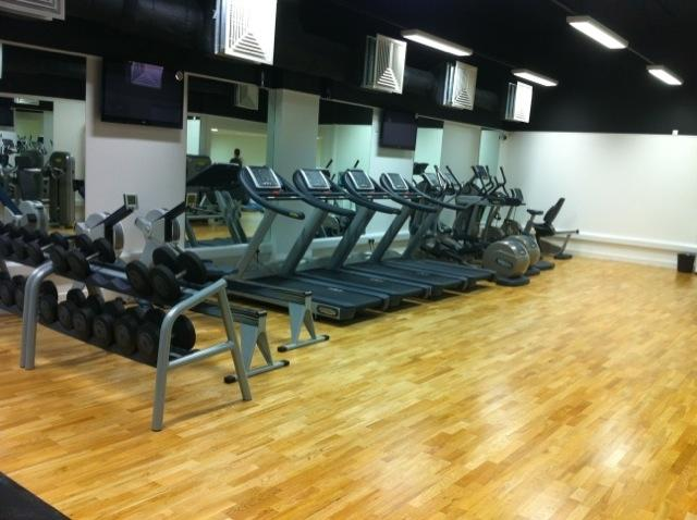 landmark gym 1