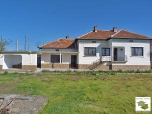 3 bed Detached property in Polski Senovets...