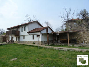 4 bed Detached home in Gabrovo, Dryanovo
