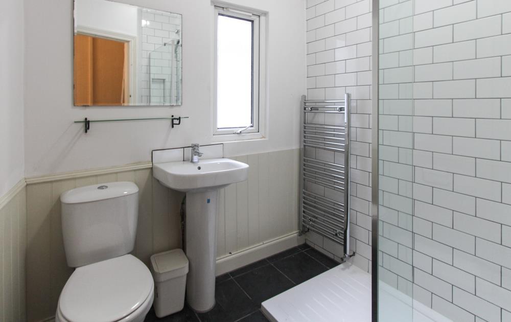 10b Werfa BathroomNE