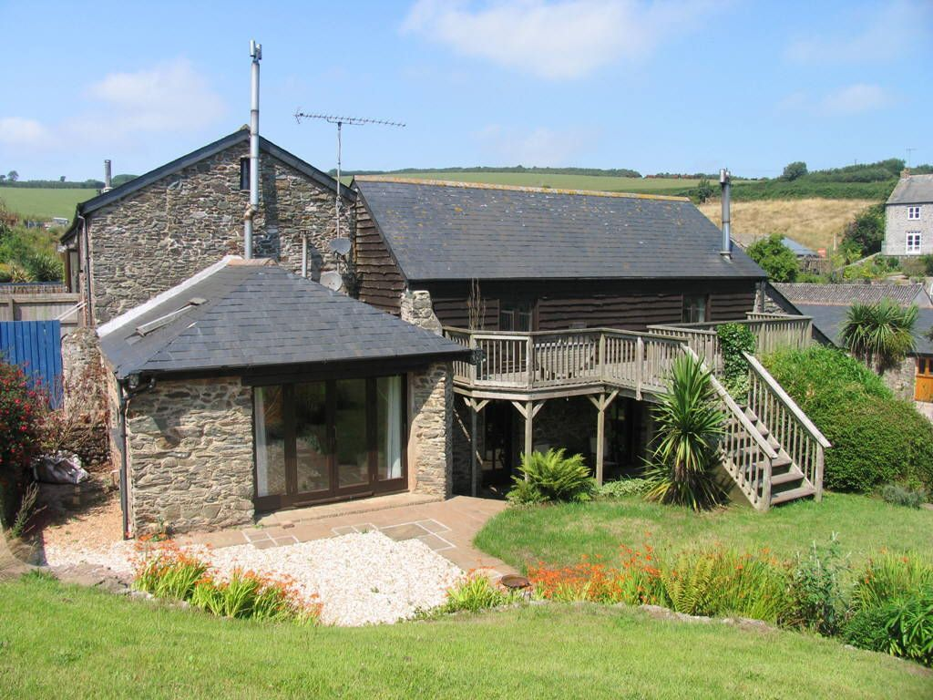 3 Bedroom Barn Conversion For Sale In Hallsands Devon Tq7