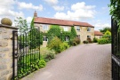 5 bedroom Detached home in Arkendale Road...