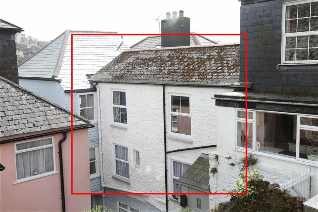 2 bedroom cottage for sale in town centre dartmouth