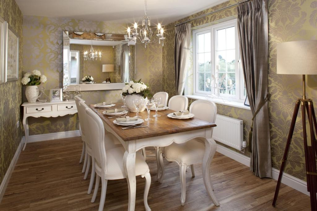 The 4 bedroom Winstone dining room