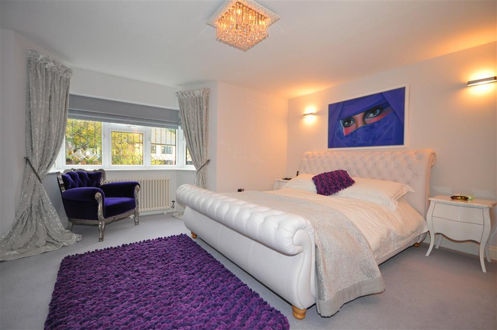 Beige Silver Bedroom Design Ideas Photos Inspiration Rightmove Home Ideas